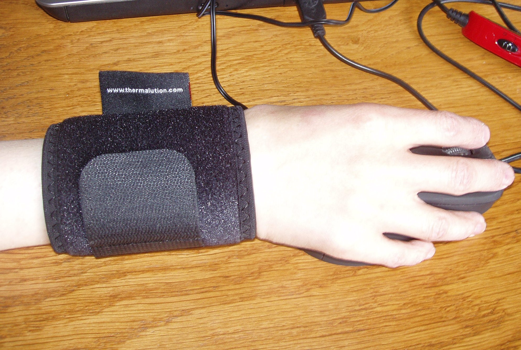 how to use lenz heated socks